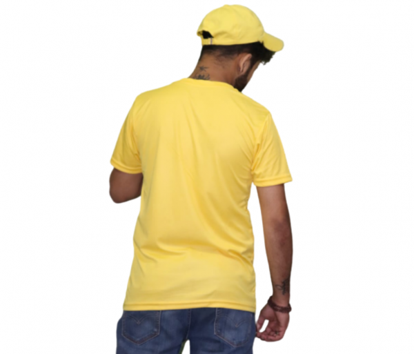 sbachelor not a lot going on at the moment light yellow tshirt